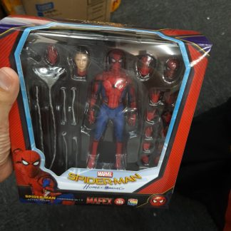 Mafex Homecoming Spiderman